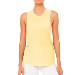 Alo yoga heatwave tank in limoncello